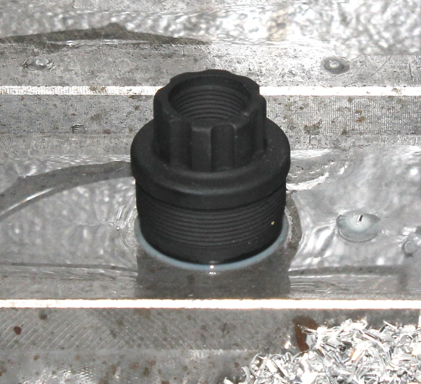 9/16 - 24 Fixed Barrel Adapter